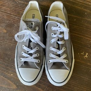 Converse Gray Low Top Sneakers Shoes Solid